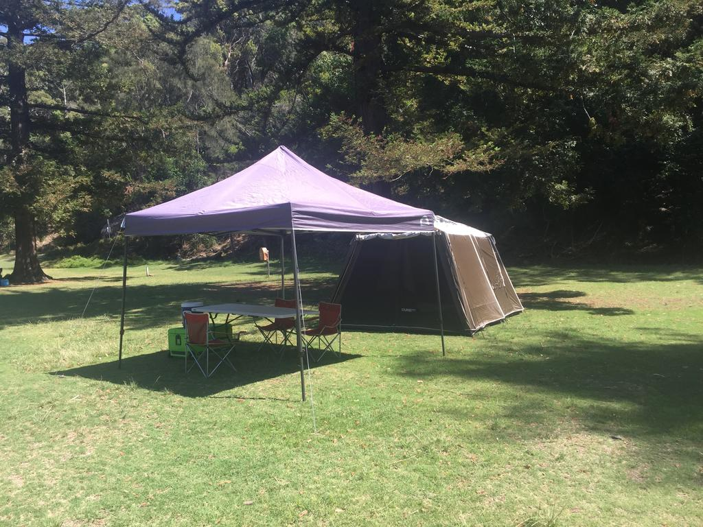Basin Ku-ring-gai Campsite Set Up - VIC Tourism