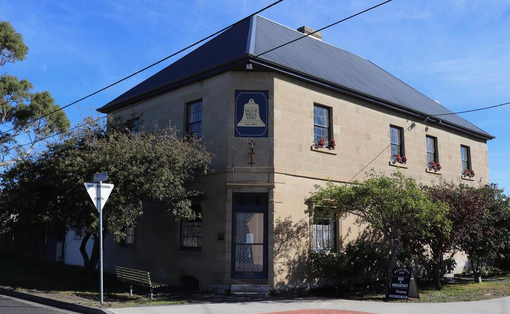 Blue Bell Inn - VIC Tourism